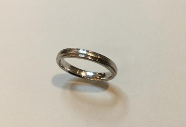 愛用されてきたプラチナ結婚指輪