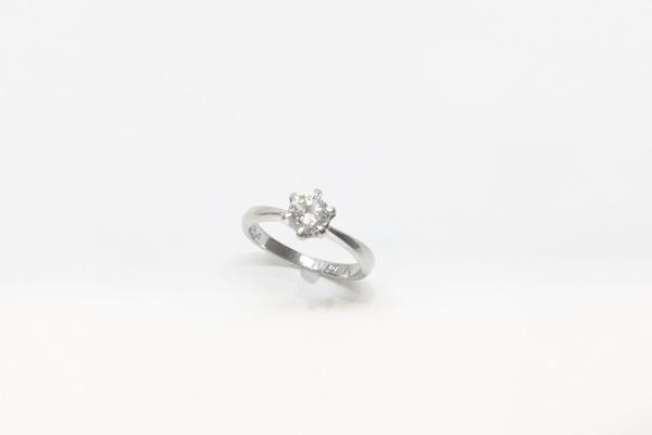 使っていない婚約指輪
