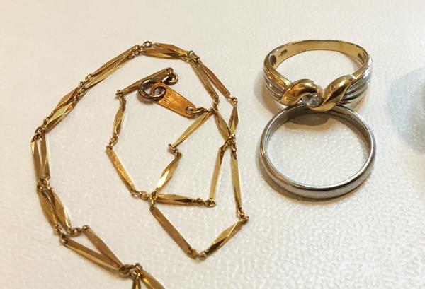 お祖母様の指環とネックレス