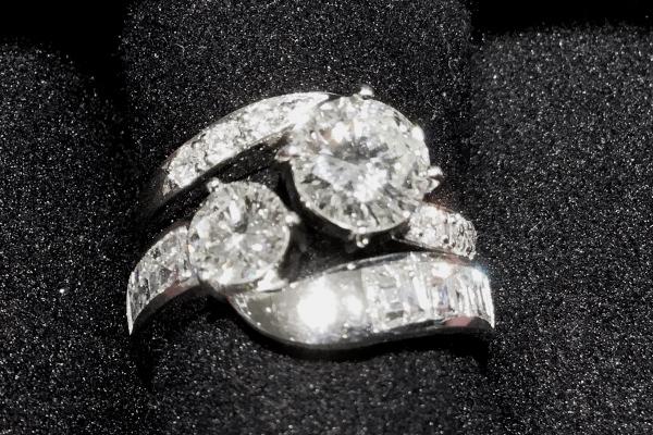 ダイヤモンドセットリング