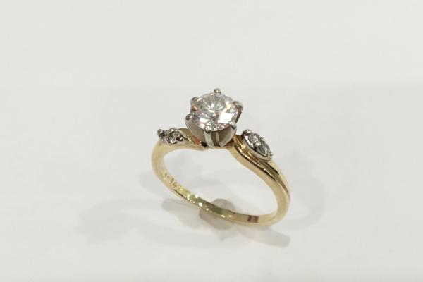 ご婚約指輪