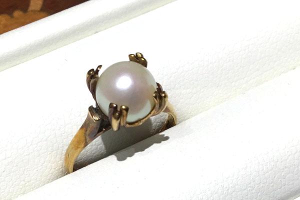 お義母様からの真珠指環