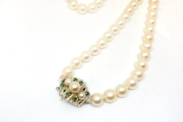 修理した真珠ネックレス